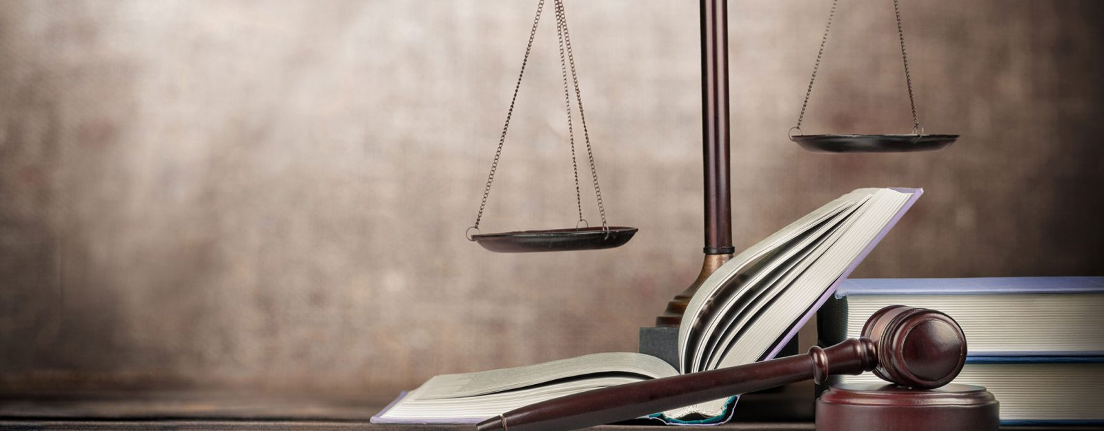 Legal Advisor Solicitor services Wollongong